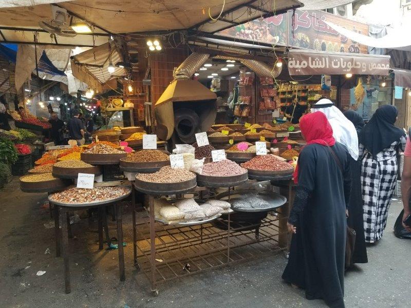 ヨルダンの首都アンマンのスーク(マーケット)