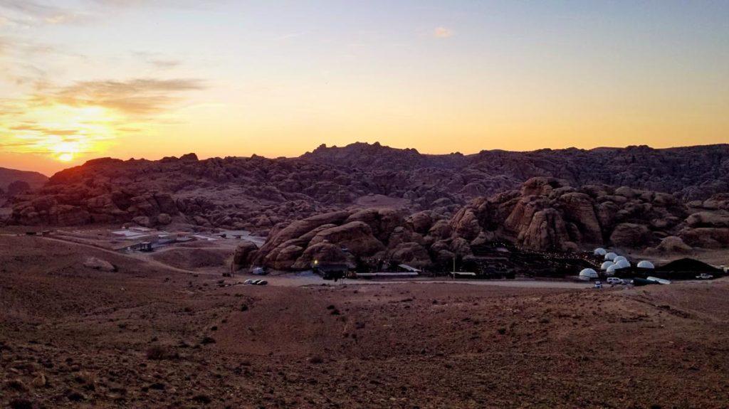 ペトラの砂漠で、ベドウィン・キャンプ体験