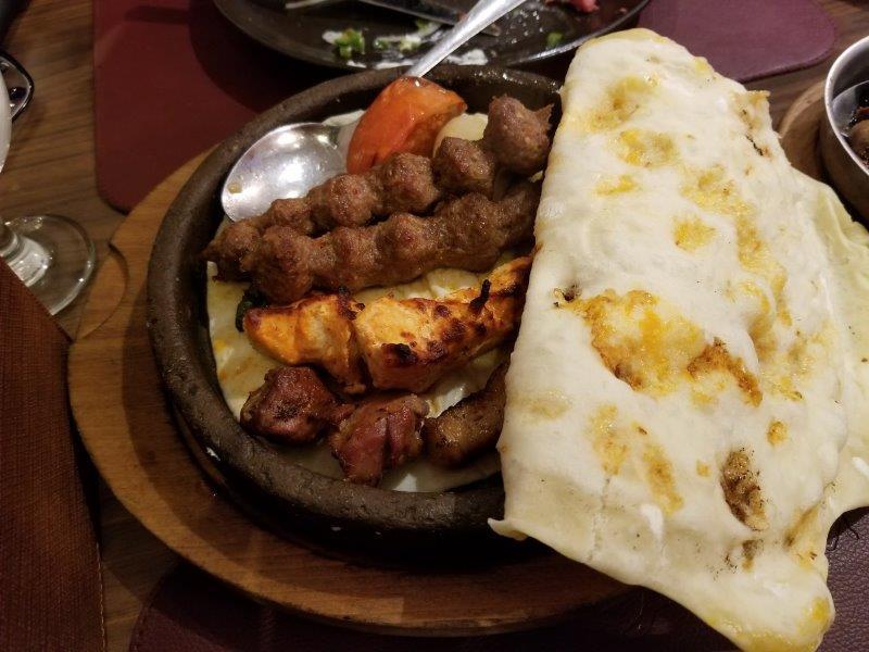 ヨルダン・アンマン観光。本格中東料理のレストラン「Levant(レバント)」。