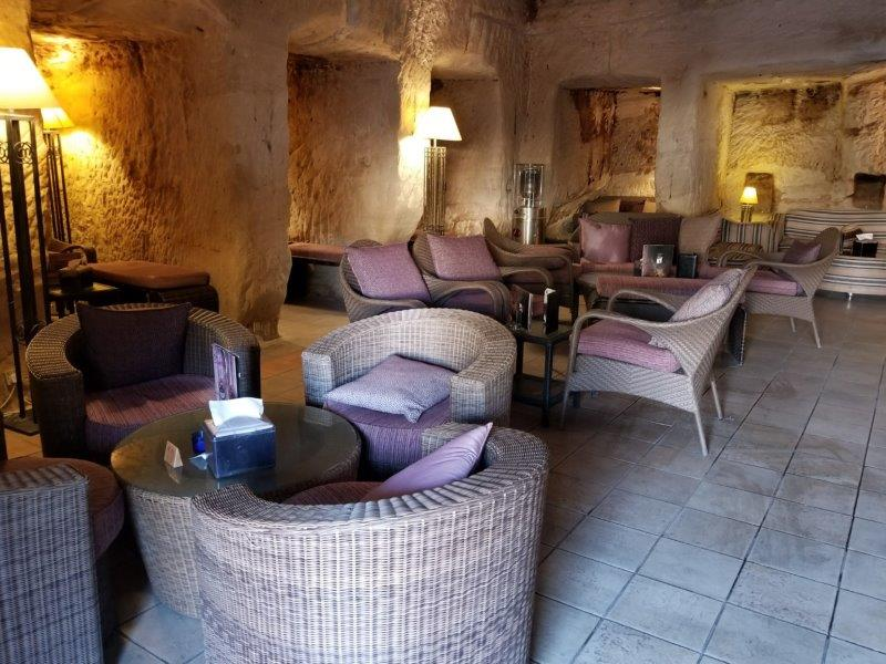 ヨルダン旅行・ペトラゲストハウスホテルのケーブ・バー
