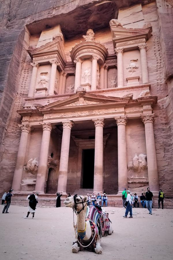 ヨルダン・バラ色の都市・ペトラ遺跡
