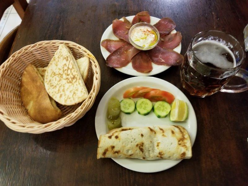 イスラエル旅行・エルサレムのアルメニアンレストラン「アルメニアン・タバーン」