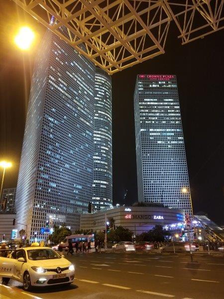 イスラエル旅行・テルアビブの「Tel Aviv-Hashalom 駅」