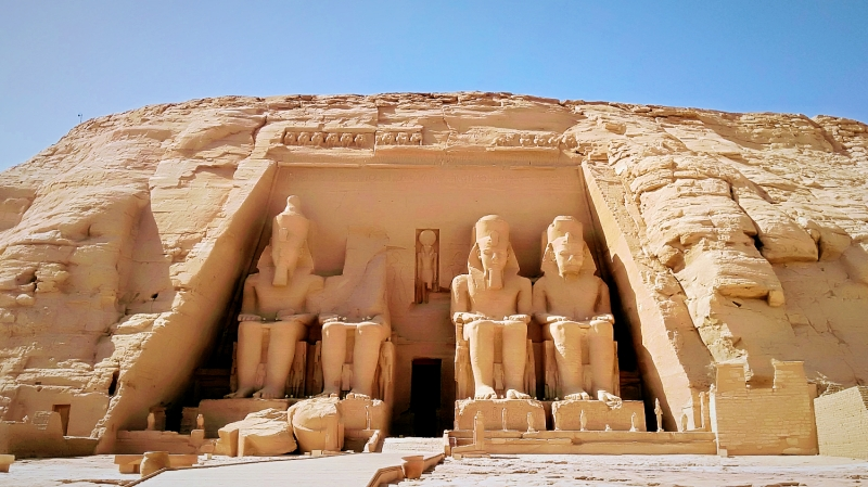 エジプト・アブシンベル神殿