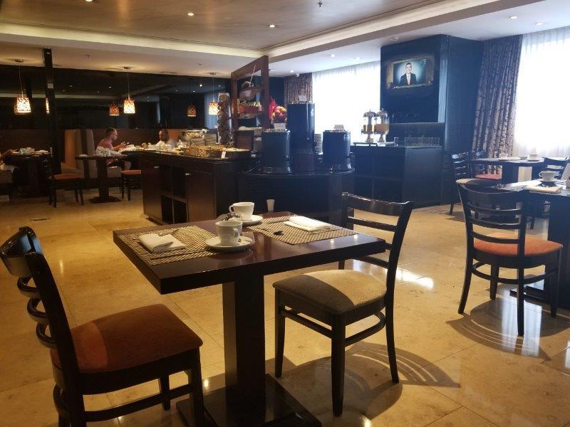 ブエノスアイレス・Savoy ホテルの朝食