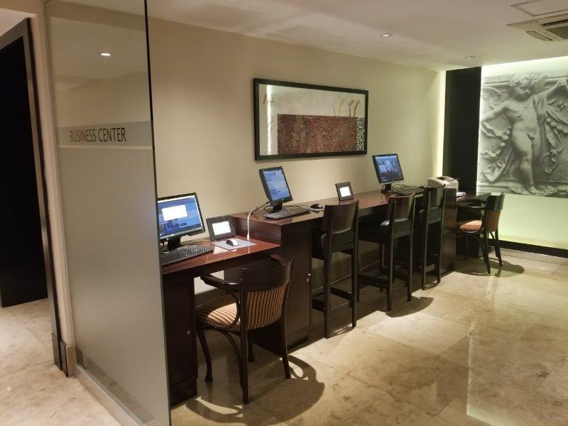 ブエノスアイレス・Savoy ホテルのビジネスセンター