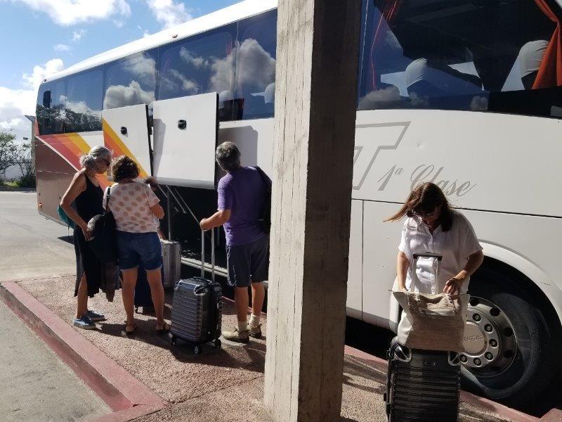 ウルグアイ「コロニア・デル・サクラメント」のバス乗り場