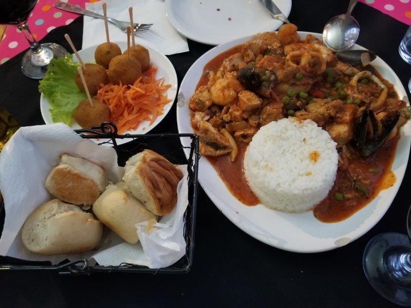 コロニアル・デル・サクラメントのレストラン「El Drugstore」