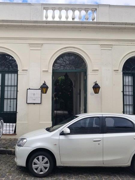 コロニアル・デル・サクラメントのホテル「ポサダ・プラザ・マヨール(Posada Plaza Mayor)」