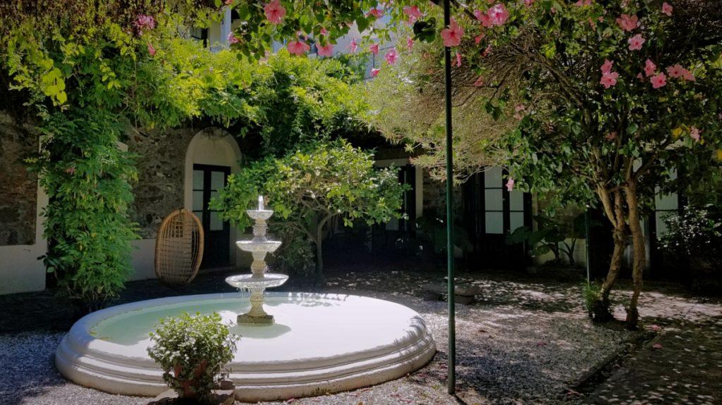 コロニアル・デル・サクラメントの宿「ポサダ・プラザ・マヨール(Posada Plaza Mayor)」