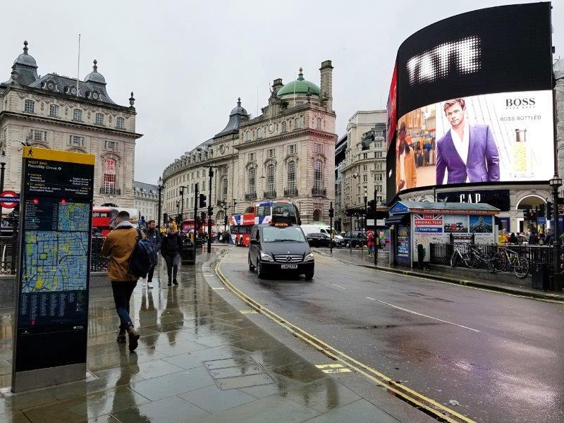 ロンドン観光名所まとめとモデルルート・ピカデリーサーカス