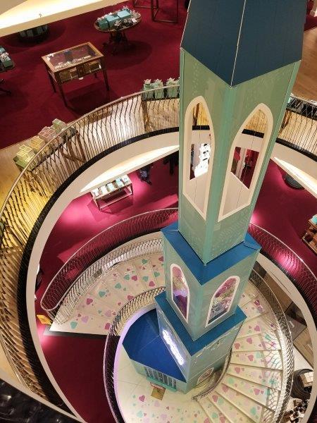 ロンドンピカデリーのフォトナムアンドメイソン本店