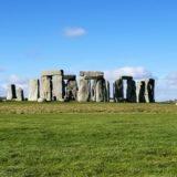 ロンドン発・ストーンヘンジとバースの世界遺産ツアー
