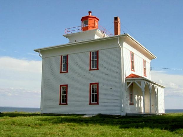 カナダ・プリンスエドワード島の灯台巡り